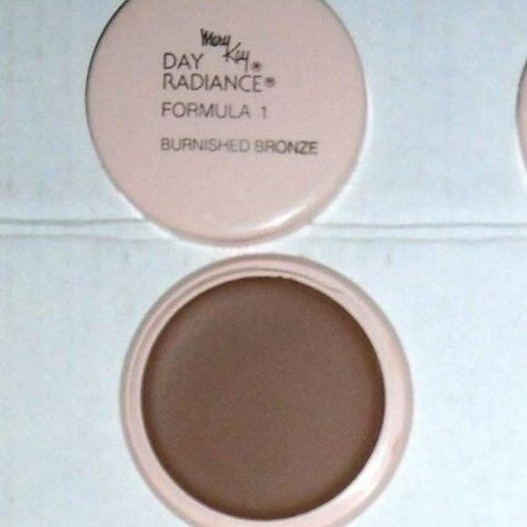 Mary Kay Other - Day Radiance Brurnish Bronze Cream Foundation